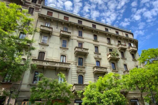 Trilocale con balcone Piazza Grandi